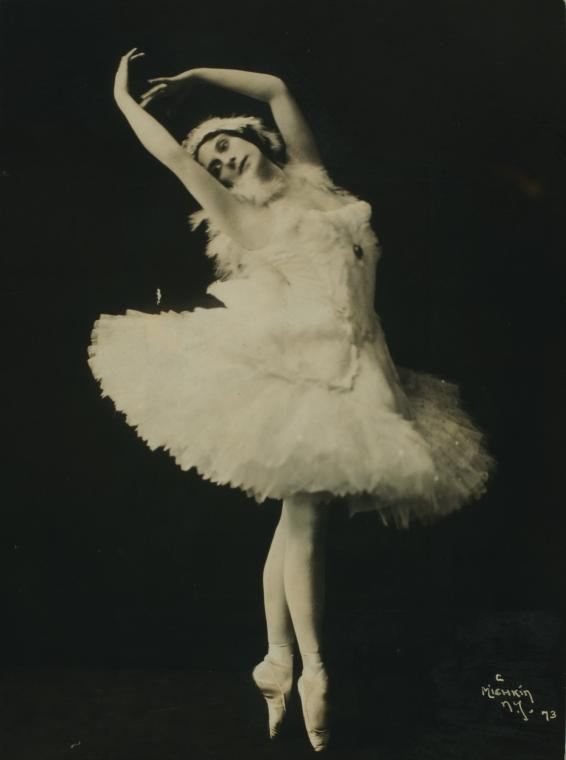 The Dying Swan, ballet performed by Anna Pavlova circa 1910