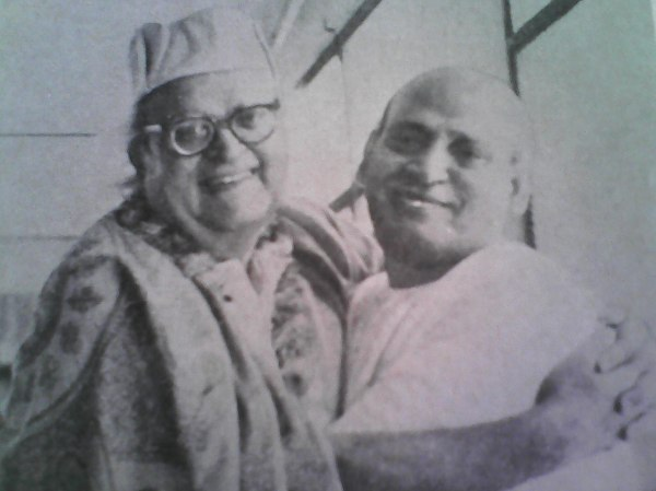 Sri Dilip Kumar Roy with Yogishwar Sri Kalipada Guha Roy