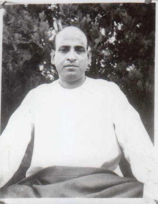 Yogishwar Sri Kalipada Guharoy: Tapoban Katha