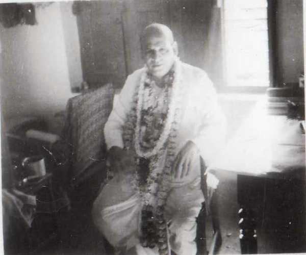 Kali Da With Garland